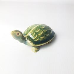 58001 - Petite tortue verte...