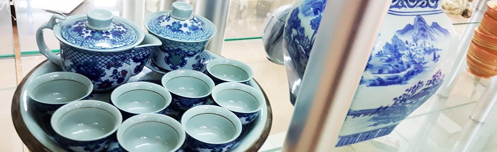 Vous cherchez un ensemble à thé asiatique? Pratiquez l'art du Gong Fu Cha avec nos sets, théières et plateau! Oriental-Import.com